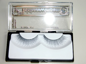 Lashes Deluxe